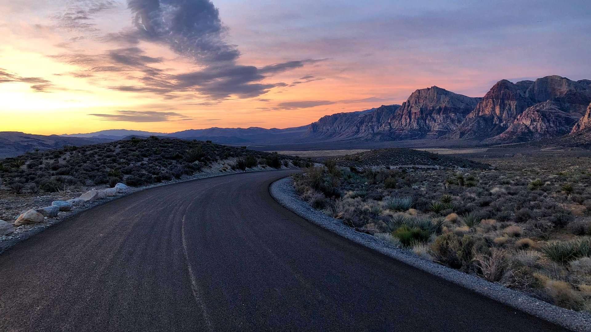 Droga, zachód słońca